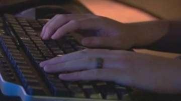 Десетокласниците на изпит по компютърни умения през юни