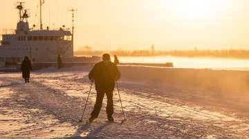 Необичайни студове регистрират метеоролозите в различни региони от Русия
