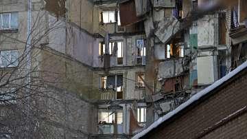 Работата на спасителите в Магнитогорск ще продължи и през нощта, жертвите са 9