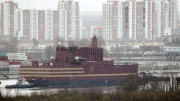 Плаващата руска АЕЦ беше пусната на вода (СНИМКИ)