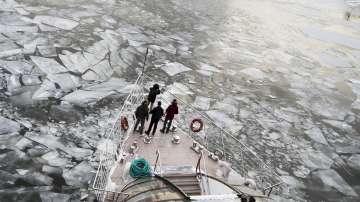 Как се справят руснаците с минусовите температури в Русия?
