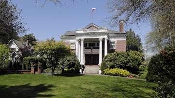 Американски служители влязоха в руското консулство в Сиатъл