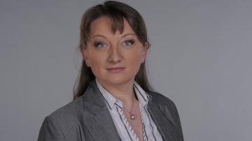 Гласуват предложението Деница Сачева да оглави социалното министерство