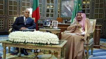 Премиерът Бойко Борисов беше официално посрещнат в Рияд от крал Салман