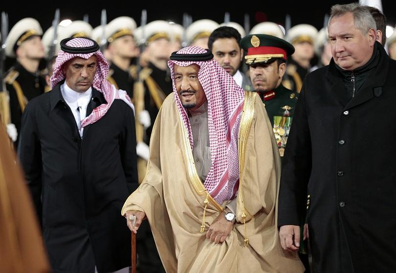 брат крал салман претендира трона саудитска арабия