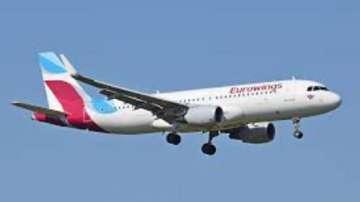 Десетки полети са отменени заради стачката на Юроуингс