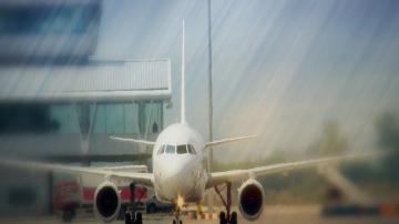 България Ер спря полетите от и до Одеса заради военното положение в Украйна