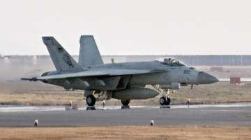 Американски военни самолети се сблъскаха край Япония