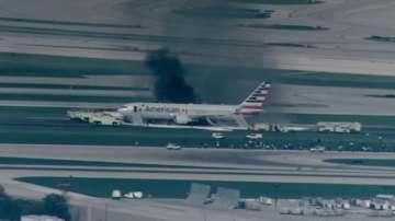Самолет се подпали на летище в Чикаго