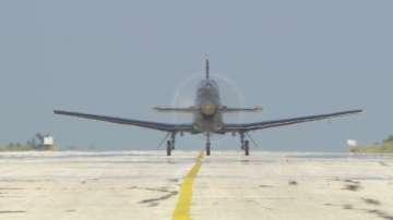 Първи полети на курсанти-летци в Долна Митрополия
