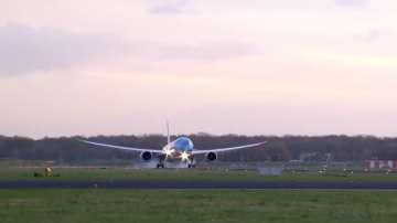 Технически проблем предизвика хаос в полетите от и до летището на Амстердам