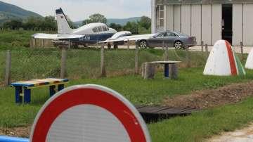 Транспортният министър назначи одит във връзка със серията авиокатастрофи