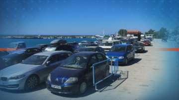 Ферибот тръгва към туристите на гръцкия остров Самотраки