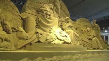 Библейски сюжети от пясък във Ватикана