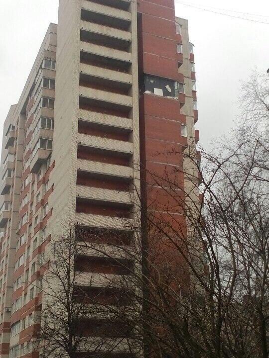 снимка 1 Експлозия в жилищен блок в Санкт Петербург?