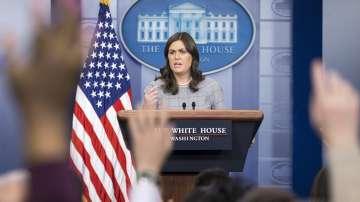 Говорителката на Тръмп Сара Сандърс напуска поста си