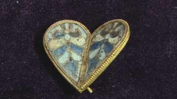 Откриха ценно златно сърце в царския дворец в Преслав