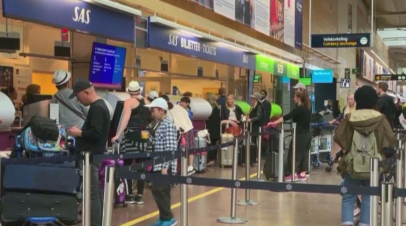 Продължава стачката на скандинавската авиокомпания САС