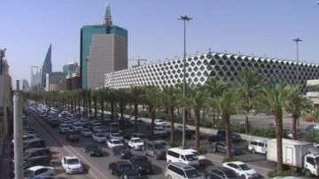 Саудитска Арабия с план за намаляване зависимостта от петрола