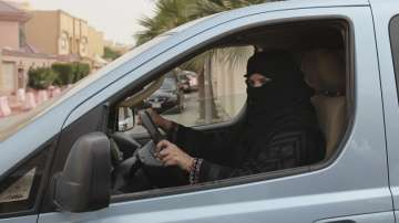 Тръмп приветства вестта, че жените в Саудитска Арабия ще могат да шофират