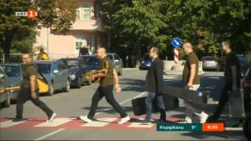 Музиканти под пагон с песен изненада за Деня на Стара Загора