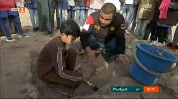 Деца бежанци с първи стъпки в археологията
