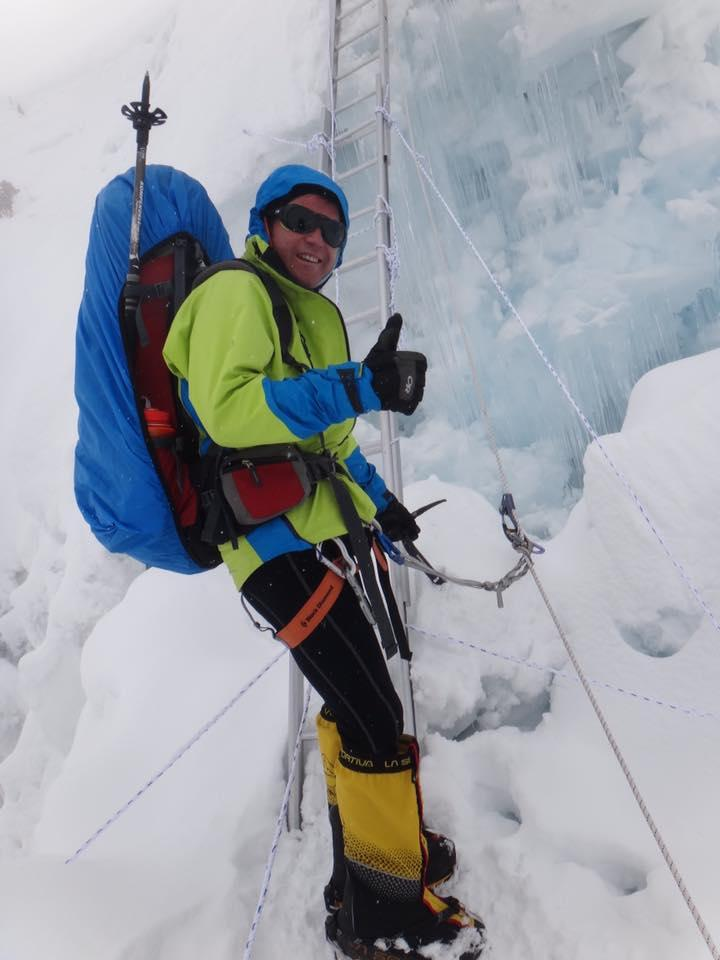 снимка 2 Атанас Скатов покори най-високите върхове на всички континенти