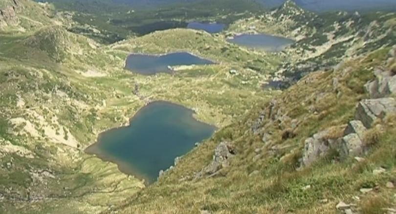Да бъде ограничен достъпът на туристи до Седемте рилски езера