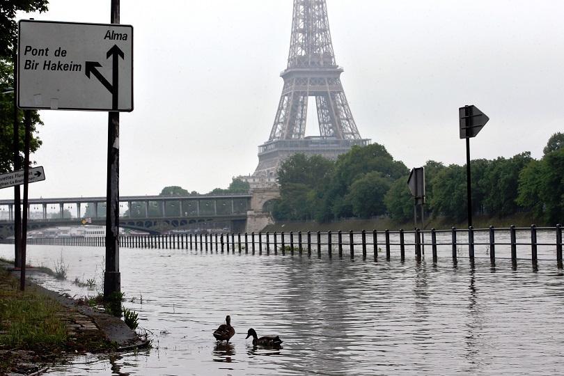 река сена преля заради силните дъждове