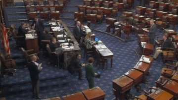 Американският Сенат отхвърли изменение, спиращо Тръмп да атакува Иран