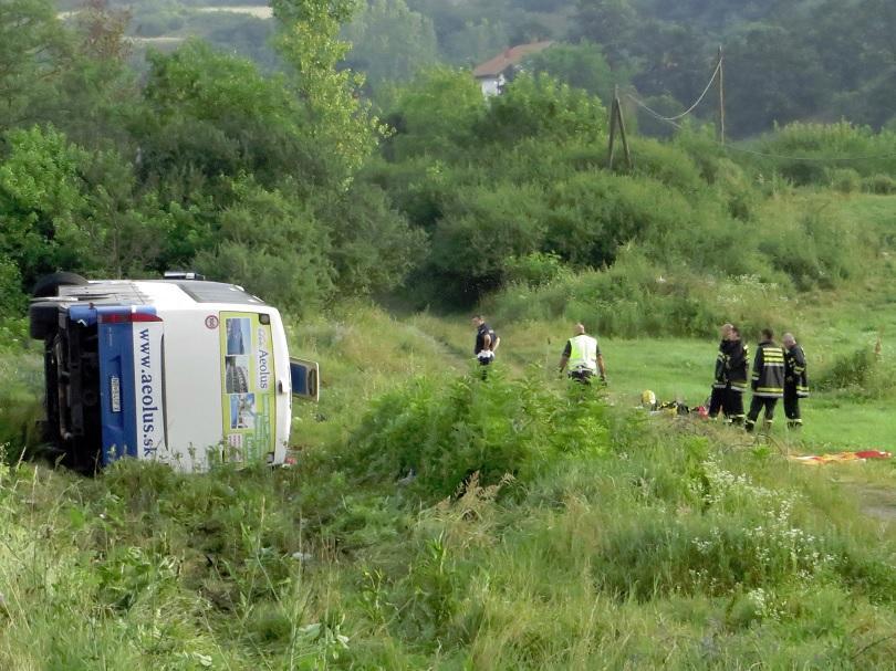 Тежка катастрофа с автобус в Сърбия взе пет жертви