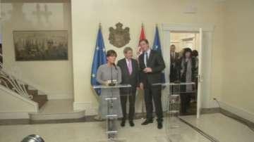 Брюксел поднови преговорите за еврочленство с Турция и Сърбия