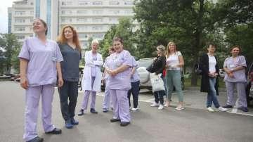 Медицинските сестри отново излязоха на протест срещу уволнението на Мая Илиева