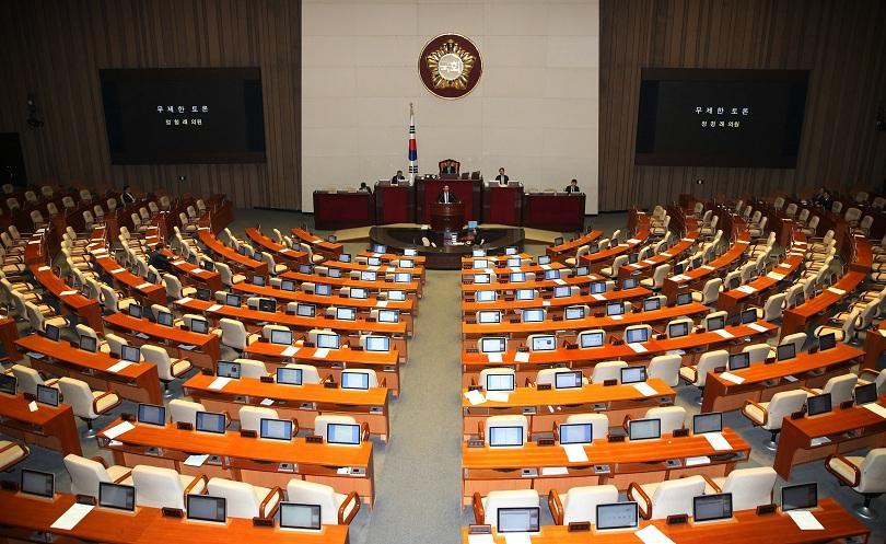 Сеул не обмисля разполагането на американско ядрено оръжие на своя територия