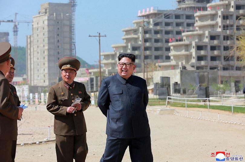 северна корея забрани антиамериканските сувенири