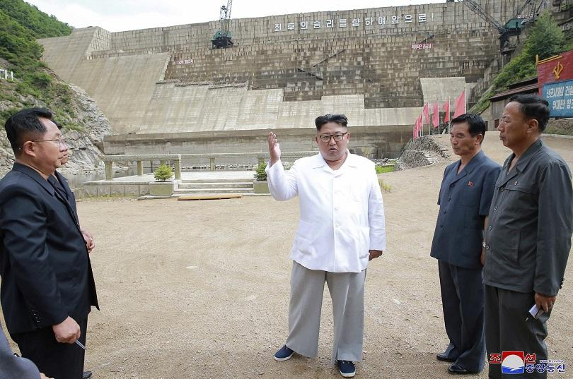 Икономиката на Северна Корея се е свила с най-силен темп