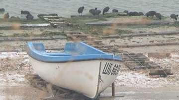 Намериха лодката на изгубените рибари край Дуранкулак