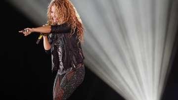 Певицата Шакира се яви в съда по обвинение за укриване на данъци