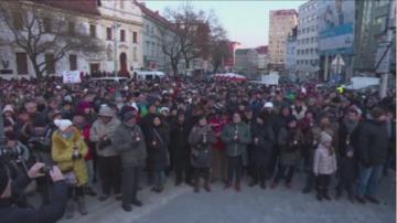 В Словакия се провеждат шествия в памет на убития журналист Ян Куциак