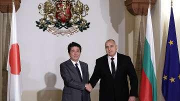 Втори ден от посещението на японския премиер Шиндзо Абе у нас