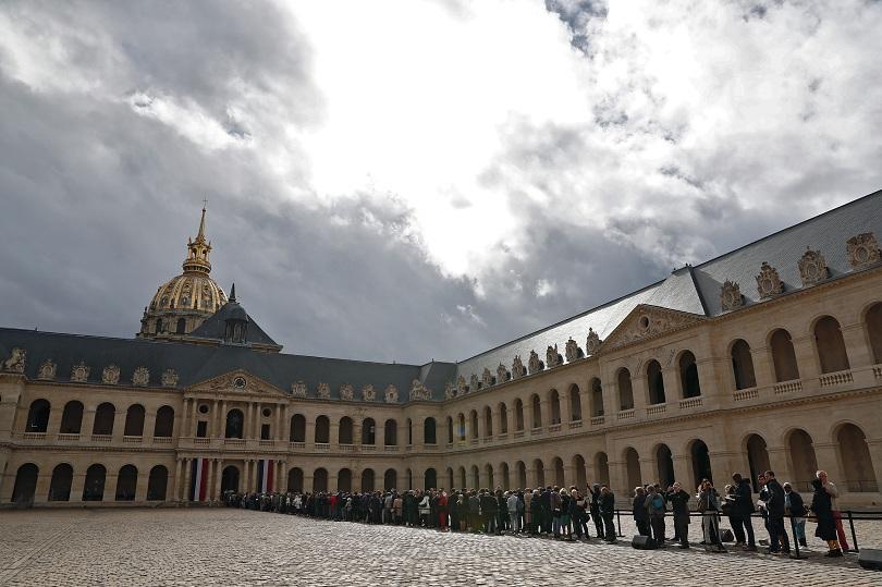 Национален траур във Франция по повод кончината на Жак Ширак