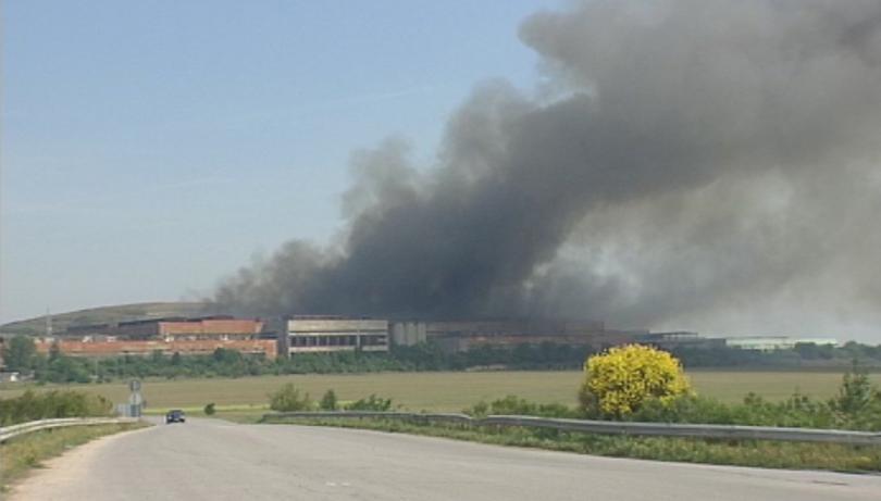 Няма превишения на нормите за чистота на въздуха край Шишманци след пожара