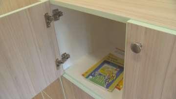 Заради тежките ученически раници: Поставят шкафчета за учениците до VII клас
