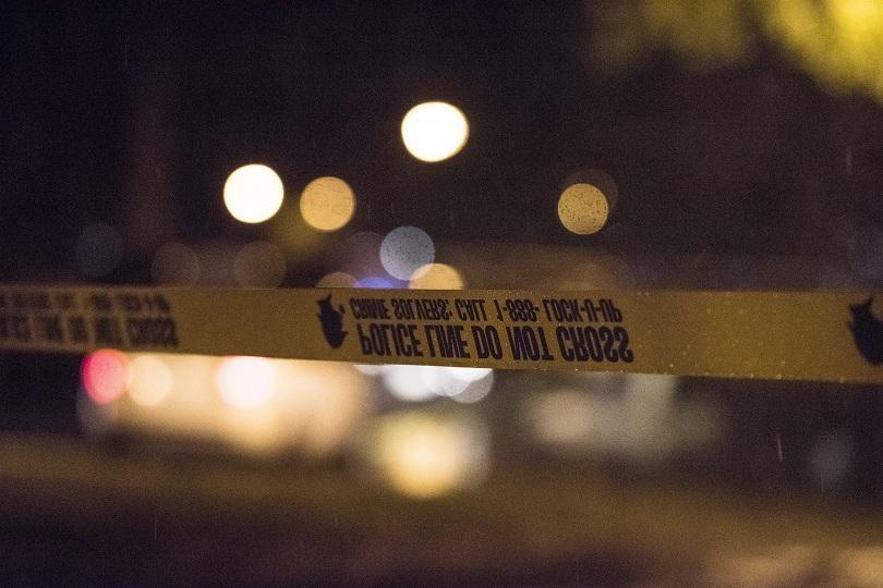 13 души са ранени при стрелба на парти в Чикаго