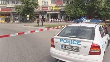Полицията взриви изоставена чанта до банкомат