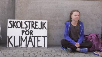 15-годишна шведка не ходи на училище, за да протестира за климатичните промени