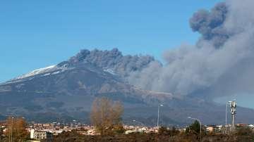 Земетресение на остров Сицилия: Четирима души са ранени, има и материални щети