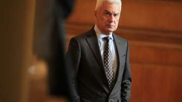 Правният отдел на НС проверява отстраняването на Волен Сидеров