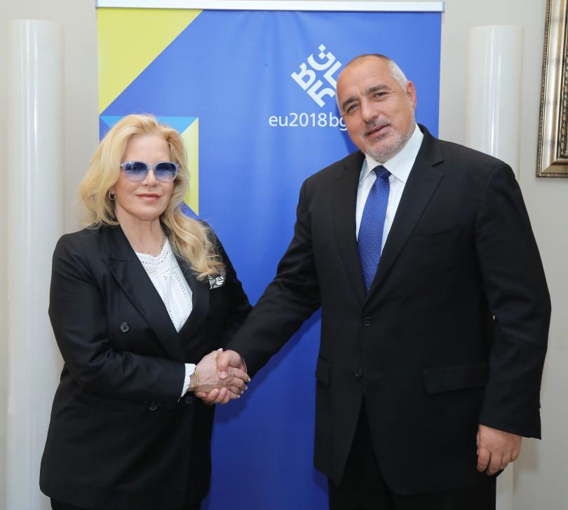 Силви Вартан се зае с нови благотворителни инициативи в България.