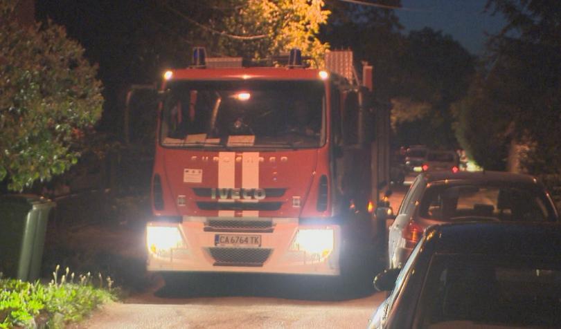 Няма пострадали при снощния пожар в хостел на столичната улица